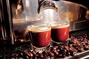 La manutenzione della macchina da caffè espresso /2